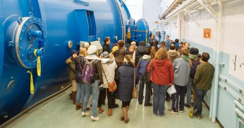 Enthusiastic crowd at the public tour of the Tandem Accelerator at Wright Lab. Photo by Ke Han.