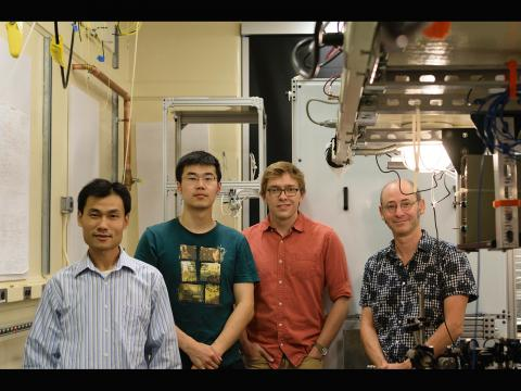 A photo of Professor Jack Harris' lab group, taken by George Iskander for Yale Scientific Magazine.