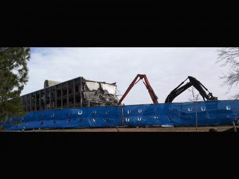 Remember the past and long for the future - Demolition of J.W. Gibbs Laboratories. Taken by Haitan Xu